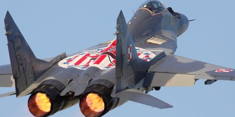 «Συναγερμός» στην Πολωνία: Μαχητικό MiG-29 άνοιξε πυρ στο «ζευγάρι» του