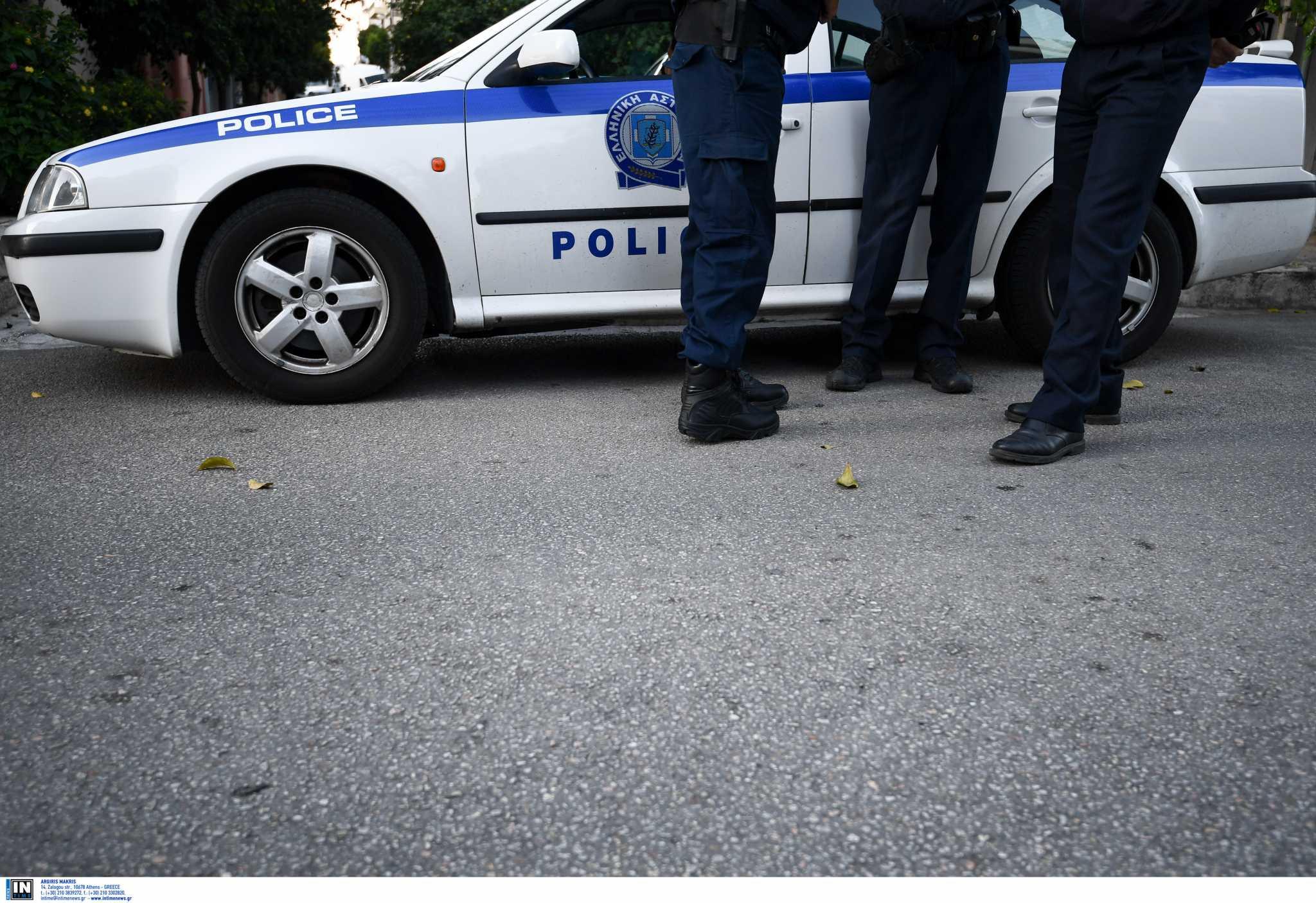 Αργος: Νεαροί παρενοχλούσαν την κόρη και ξυλοκόπησαν τον πατέρα της