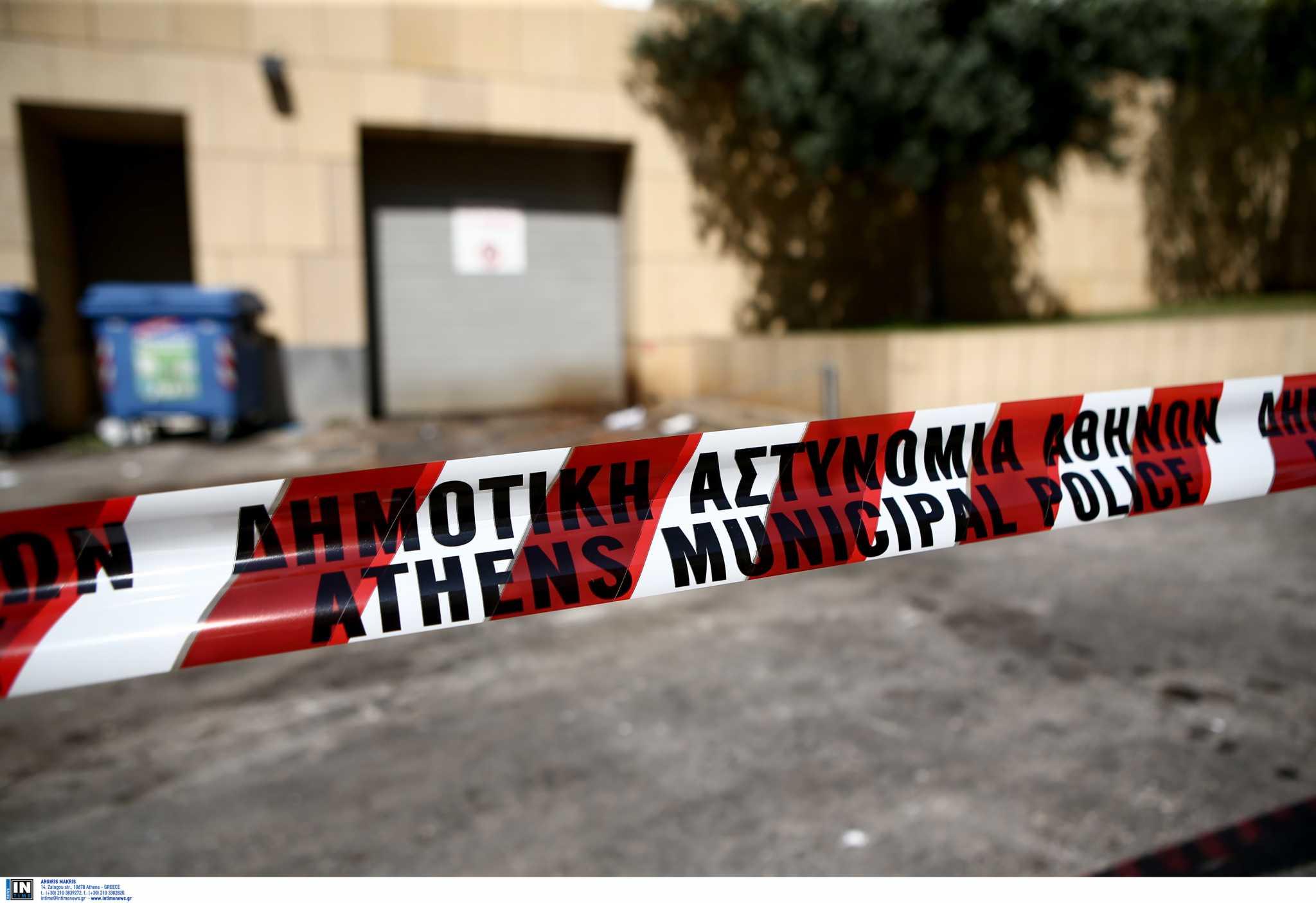Χανιά: Έφυγαν οι αστυνομικοί και επέστρεψαν οι αναρχικοί – Καλούν σε συνέλευση στην αυλή του κτιρίου