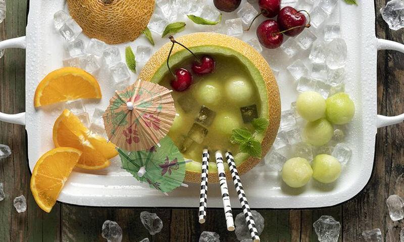 Άκης Πετρετζίκης: Fruit punch πεπόνι