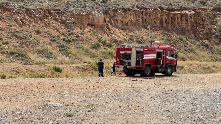 Στάχτη από την πυρκαγιά 280 στρέμματα στο Πεδίο Βολής στις Γούβες