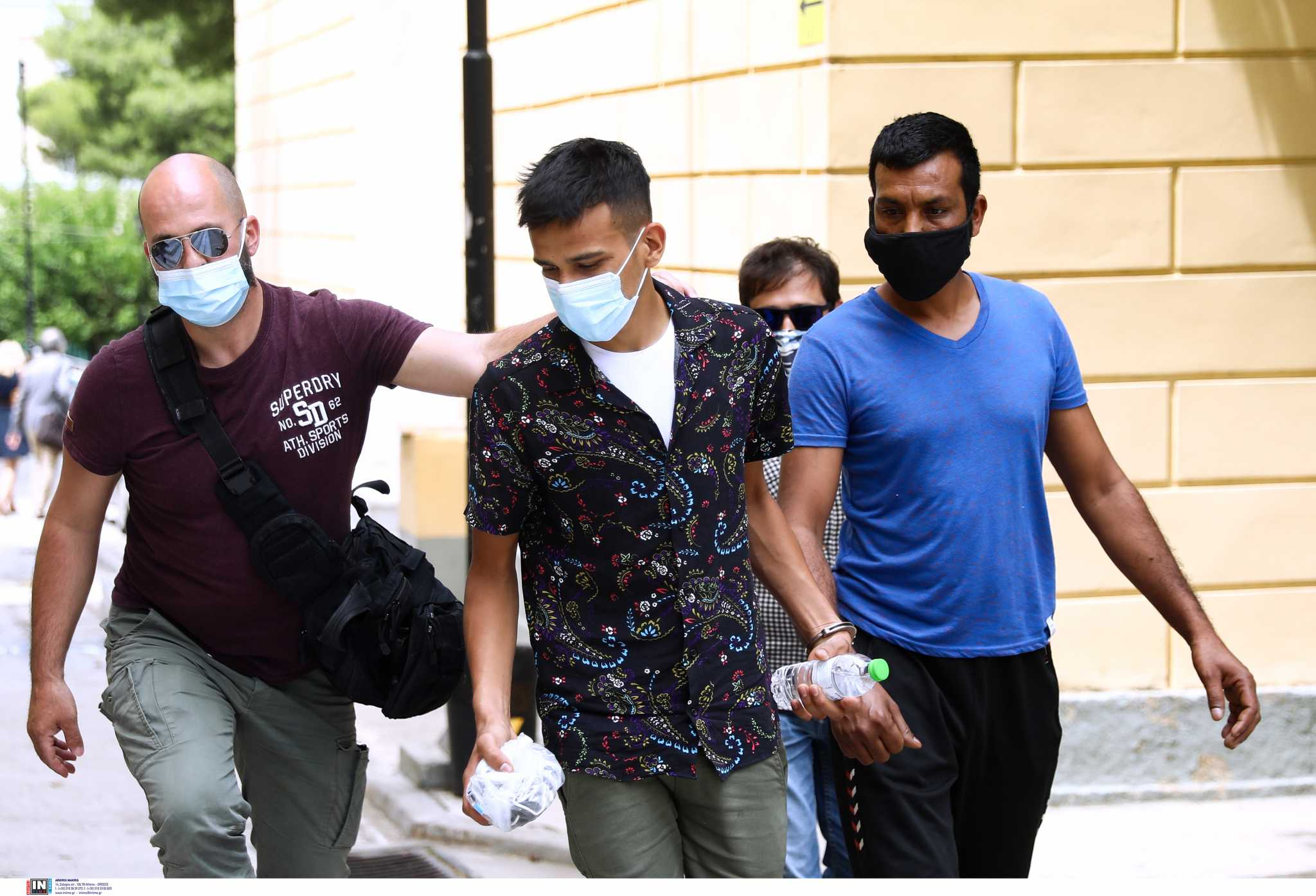 Μύκονος: Στον ανακριτή οι 4 κατηγορούμενοι για το κύκλωμα ναρκωτικών
