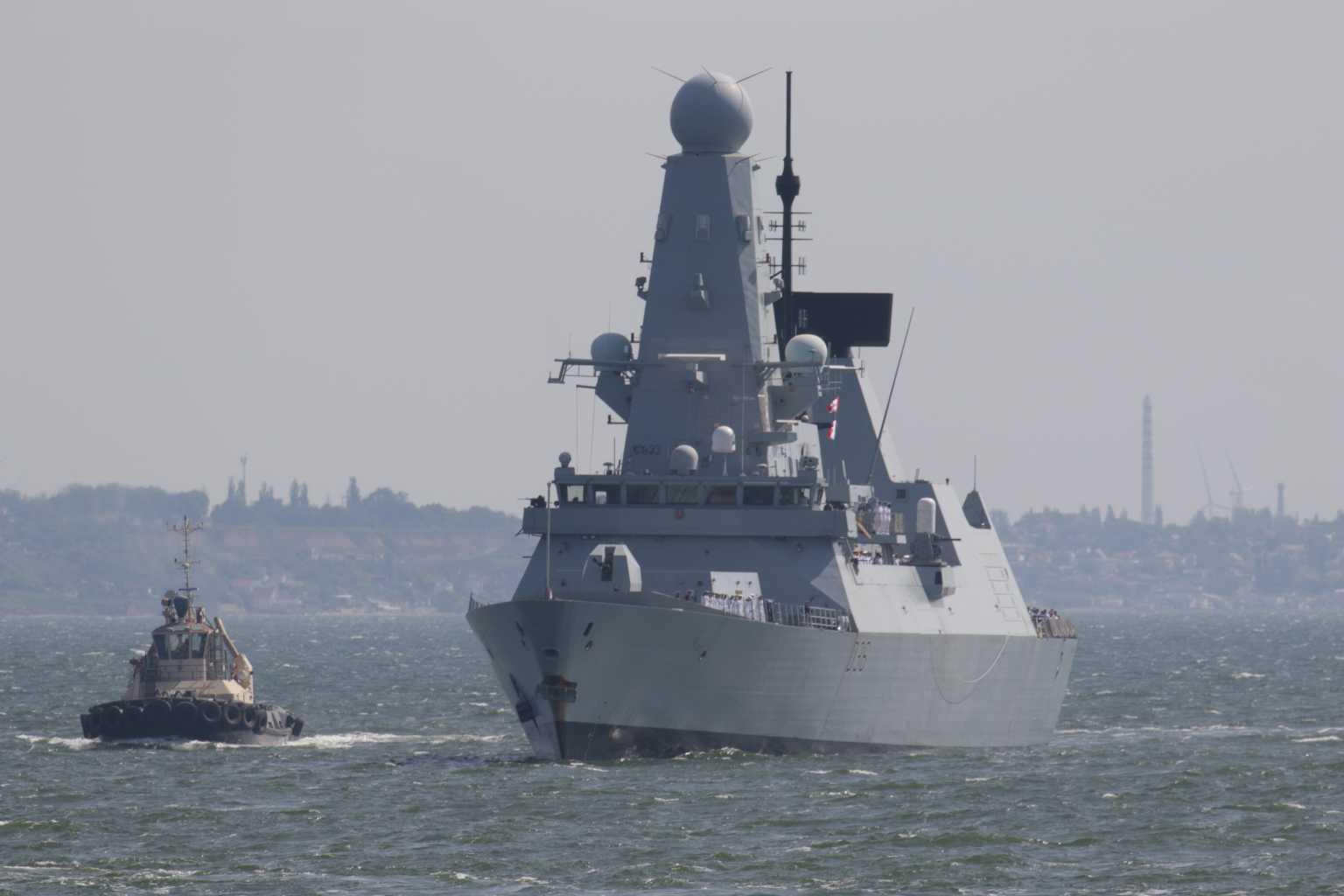 HMS Defender: Οι Ρώσοι το «λήγουν» με απειλές – Την επόμενη φορά δεν θα φταίμε