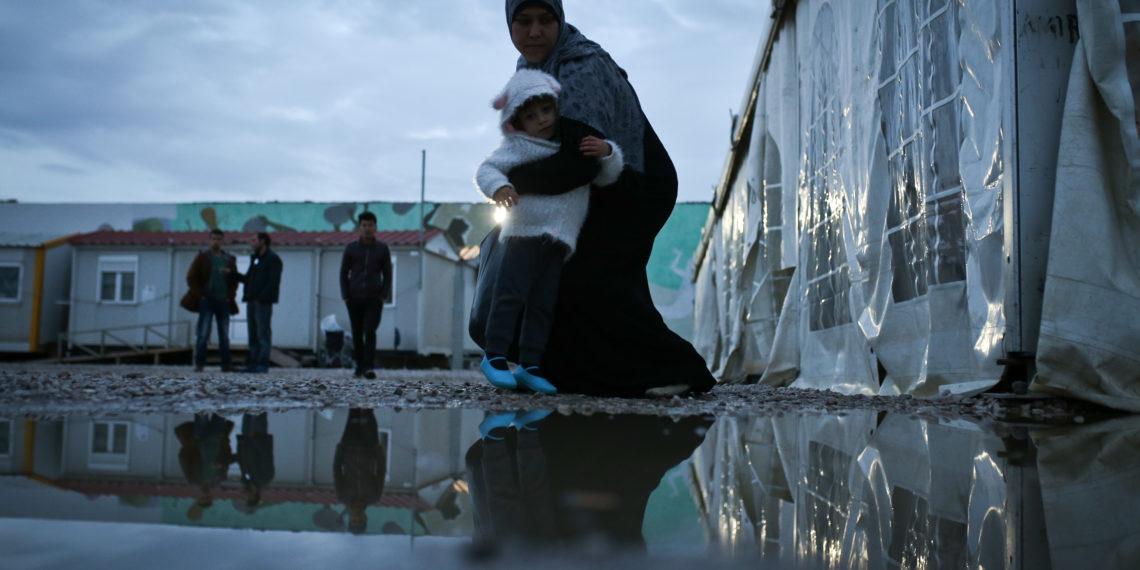 Μέρκελ: «Βάζει πλάτη» στην Τουρκία για το μεταναστευτικό – «Ναι» στη συμφωνία με ΕΕ