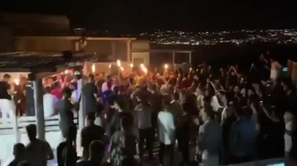 Μύκονος: Αποφάσισαν μοντέλο Ίμπιζα για να κόψουν τα παράνομα πάρτι