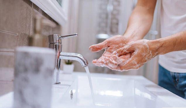ΕΟΦ: Ανακαλεί το καθαριστικό χεριών Durostick