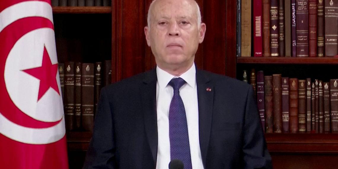 «Χαμός» στην Τυνησία: Ο Πρόεδρος Σάγεντ απέπεμψε τον Υπουργό Άμυνας