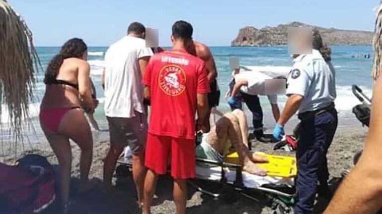 Δώδεκα διασώσεις σε 20 λεπτά στην ίδια παραλία!
