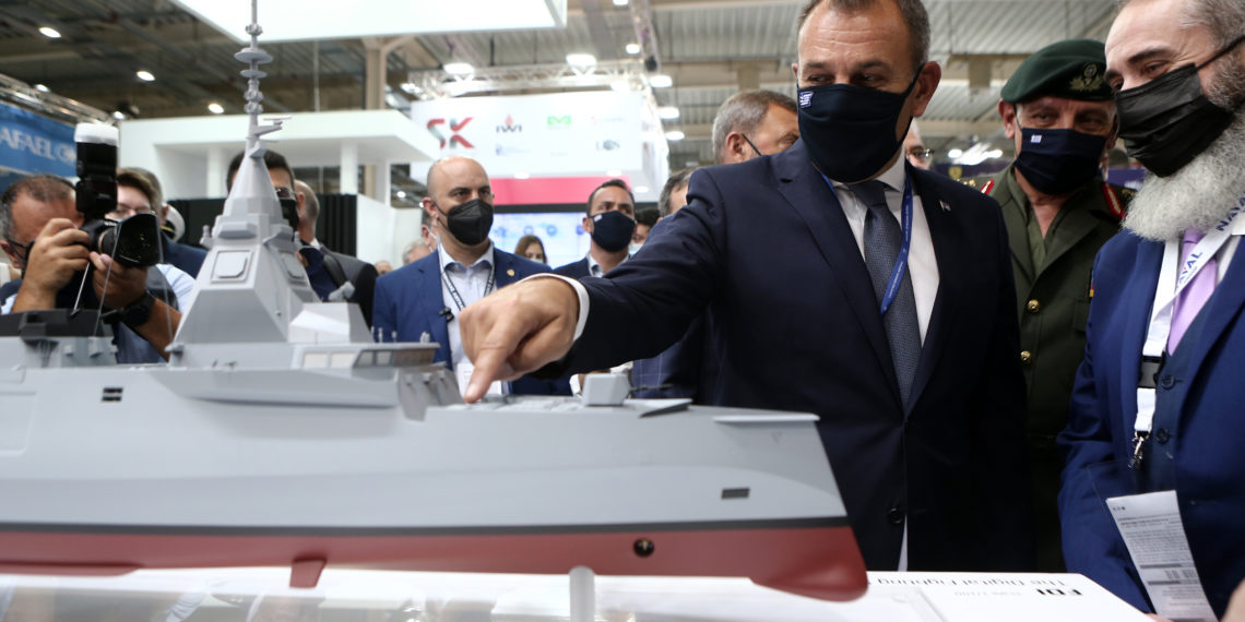 ΥΕΘΑ: Οι «έγκαιρες» αποφάσεις στις φρεγάτες, τα ελληνικά drones και η κριτική στα Rafale
