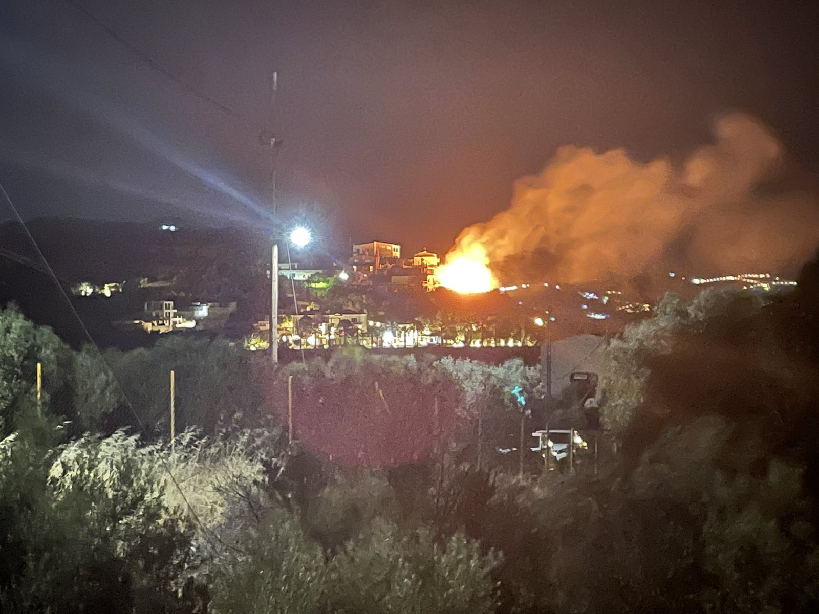 Τώρα !!! φωτιά στην Παντάνασα Ηρακλείου