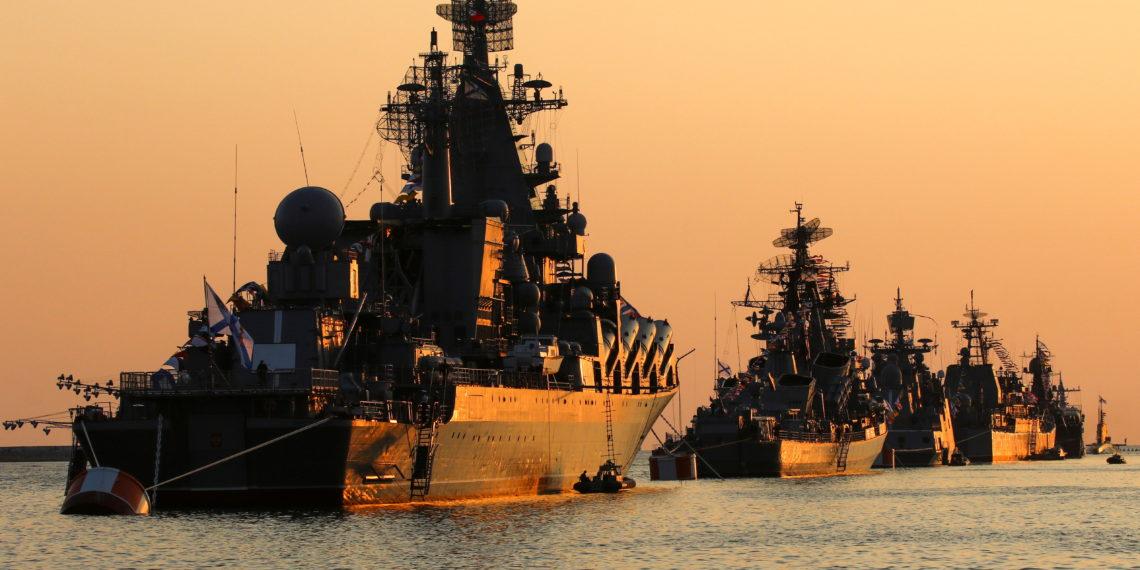 Μόσχα: Συνειδητή πρόκληση ο πλους του Defender στην Κριμαία – Η αντίδραση θα είναι σκληρή