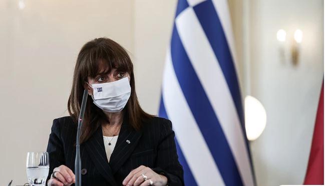 Σακελλαροπούλου: Σοβαρή ανησυχία για την έκταση των περιστατικών γυναικοκτονίας στη χώρα μας