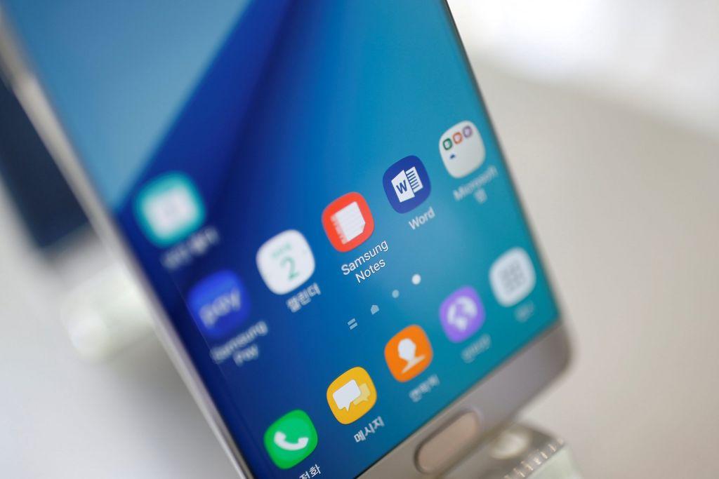 Smartphone: Ανάρπαστα και στην πανδημία