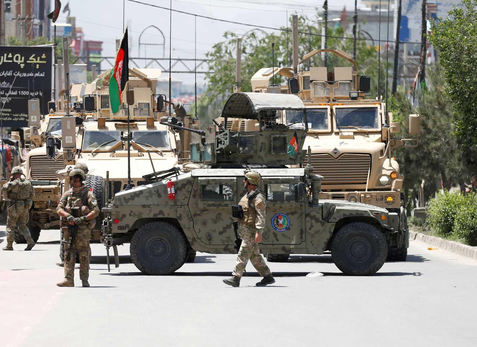 Αφγανιστάν: Στην αντεπίθεση ο στρατός – Νεκροί πάνω από 100 Ταλιμπάν