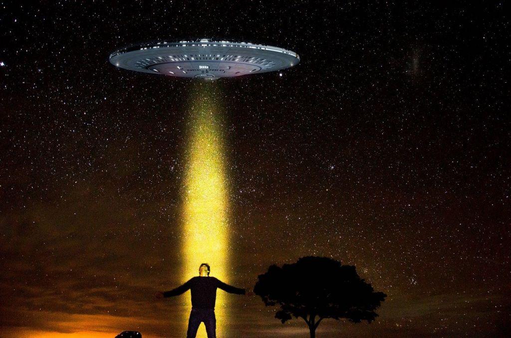 Οι «απαγωγές από εξωγήινους» ίσως είναι συνειδητά όνειρα