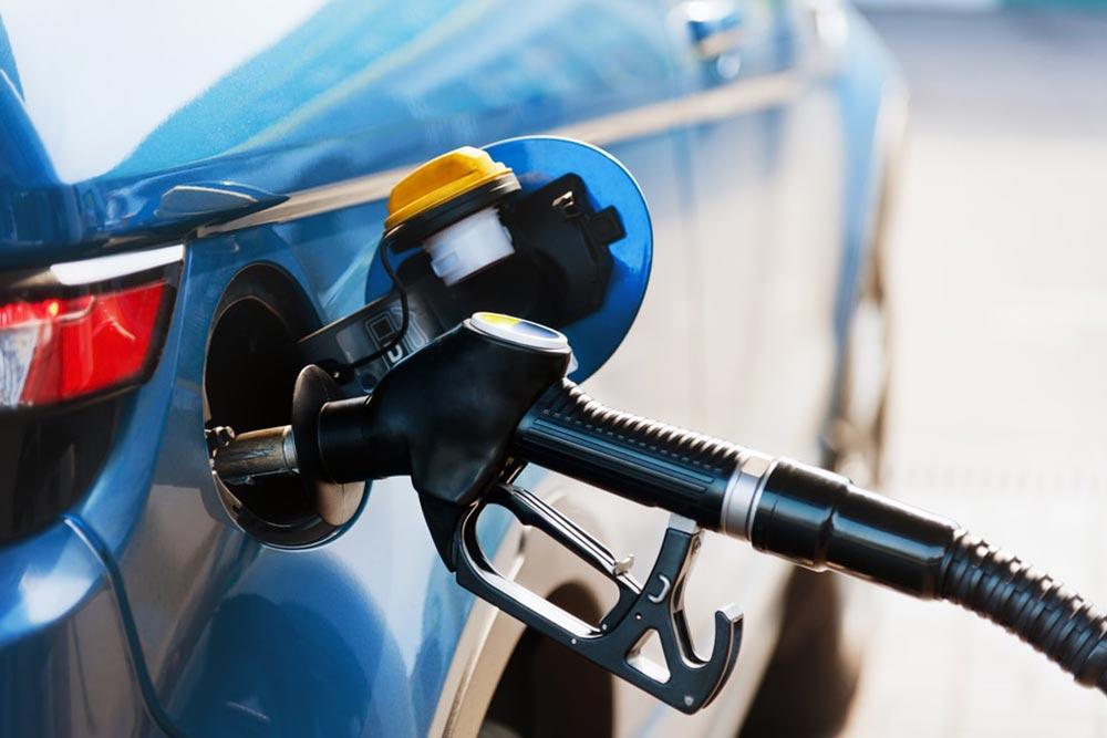 Αυτοκίνητα: Τέλος βενζίνη και πετρέλαιο από τους δρόμους της Ευρώπης το 2035