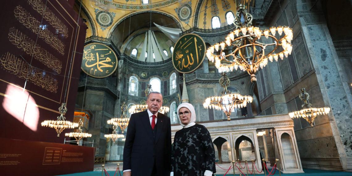 Ερντογάν: Προκλητική «επετειακή» ανάρτηση για την Αγιά Σοφιά – Τι είπε το ΥΠΕΞ