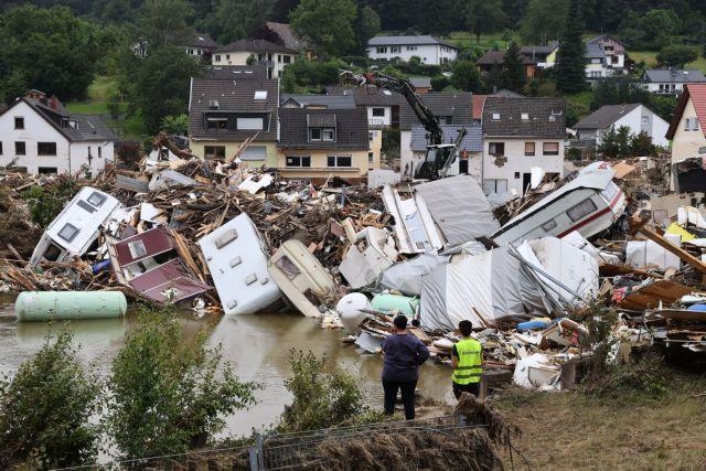 Γερμανία: Τεράστιες καταστροφές από τις πλημμύρες – Καταστράφηκαν 600 χιλιόμετρα γραμμών