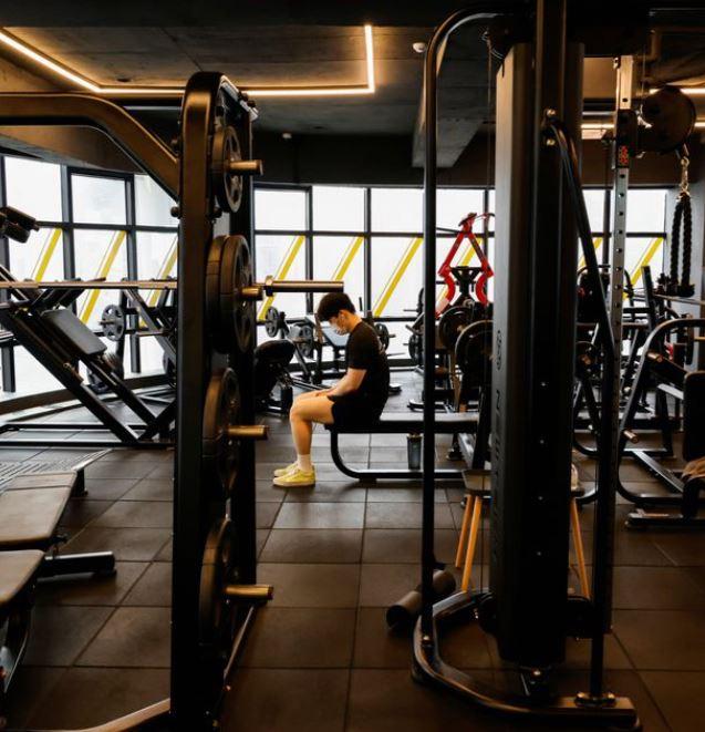 Τα μέτρα για τον κοροναϊό αλλάζουν τη μουσική στα γυμναστήρια