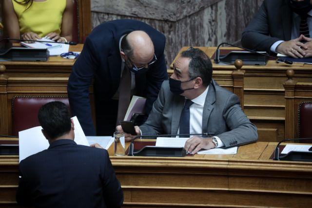 Ψηφίστηκε από ΝΔ και ΚΙΝΑΛ η τροπολογία για τους υποχρεωτικούς εμβολιασμούς
