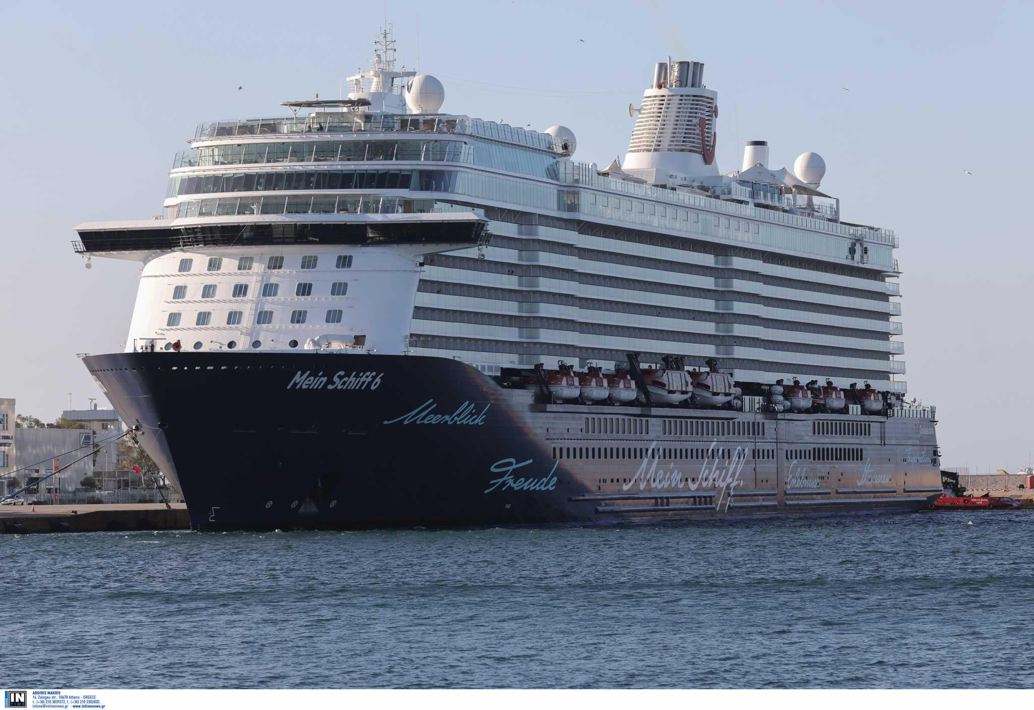 Χανιά: Κρουαζιερόπλοια έφεραν πάνω από 2.000 τουρίστες στη Σούδα – Άνεμος και χαμόγελα αισιοδοξίας