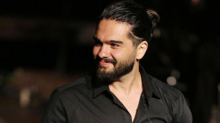Χρήστος Μάστορας: Το συγκλονιστική μήνυμα του τραγουδιστή για τον εμβολιασμό