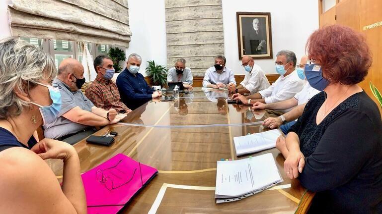 Υπογραφές για έργα σύνδεσης της ερευνητικής – ακαδημαϊκής κοινότητας και της επιχειρηματικότητας στην Κρήτη