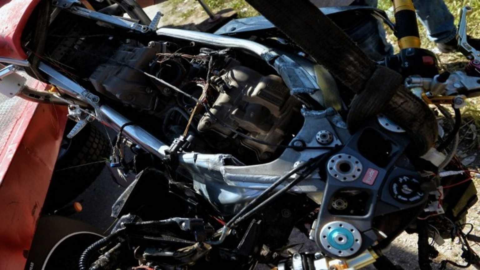 Ηράκλειο: Νεκρός ένας 26χρονος οδηγός μηχανής – «Καρφώθηκε» σε δέντρο