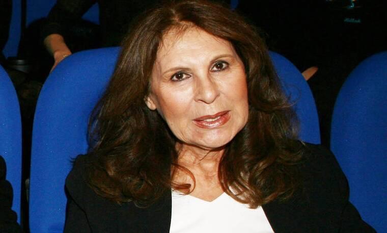 Ρένα Κουμιώτη: Πού έχει χαθεί η τραγουδίστρια; Τι κάνει σήμερα;