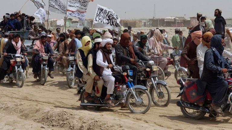 Αφγανιστάν – Χάος στην Καμπούλ – Αμηχανία της Δύσης μετά την κυριαρχία των Ταλιμπάν