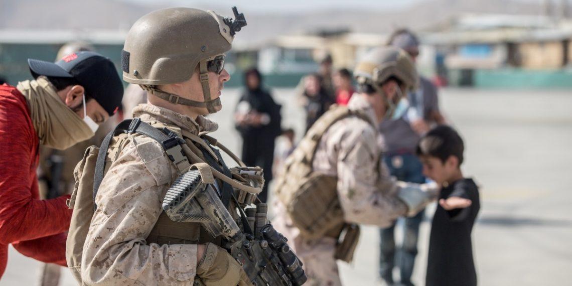 Καμπούλ: Επίθεση «αγνώστων» στο αεροδρόμιο – Εμπλοκή Αμερικανικών και Γερμανικών δυνάμεων