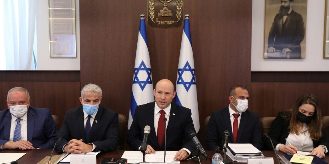 Ισραήλ: Έχουμε αποδείξεις ότι το Ιράν βρίσκεται πίσω από την φονική επίθεση στο τάνκερ