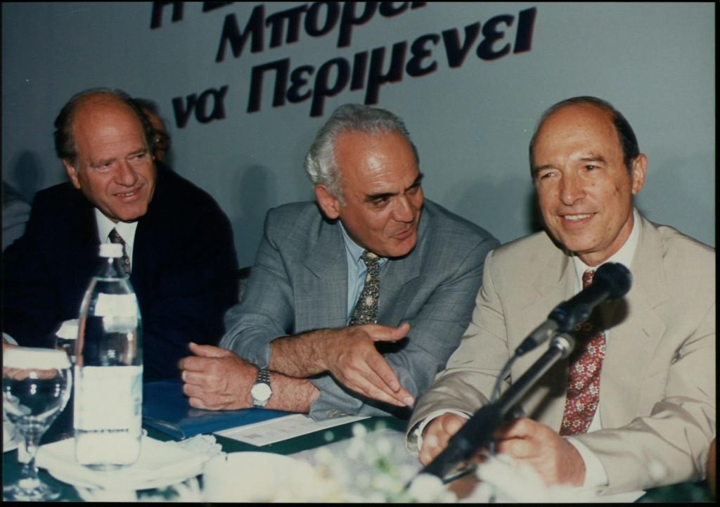 Τσοχατζόπουλος – Από κορυφαίος υπουργός και υποψήφιος αρχηγός του ΠΑΣΟΚ στο κελί της φυλακής
