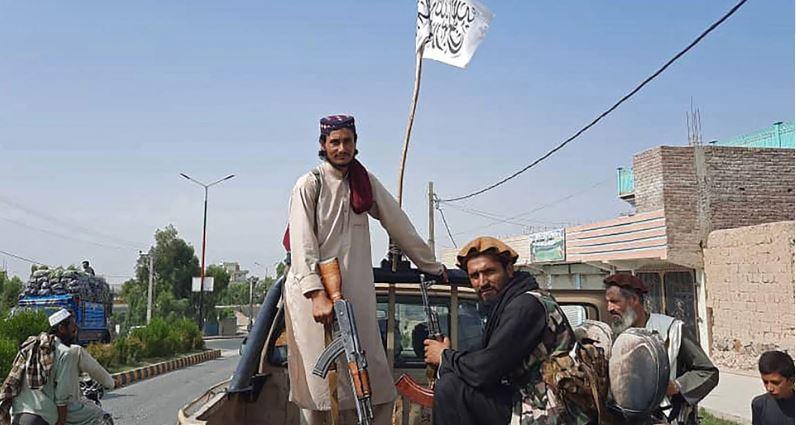 Αφγανιστάν: Περισσότεροι από 40 τραυματίες σε συγκρούσεις στα περίχωρα της Καμπούλ – Πληροφορίες για φωτιά στο αεροδρόμιο