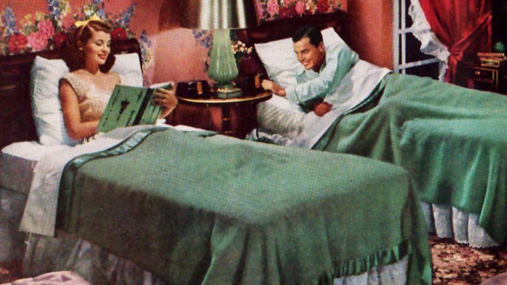 Τα χωριστά κρεβάτια «σκοτώνουν» το σεξ; – Έρευνα απαντά