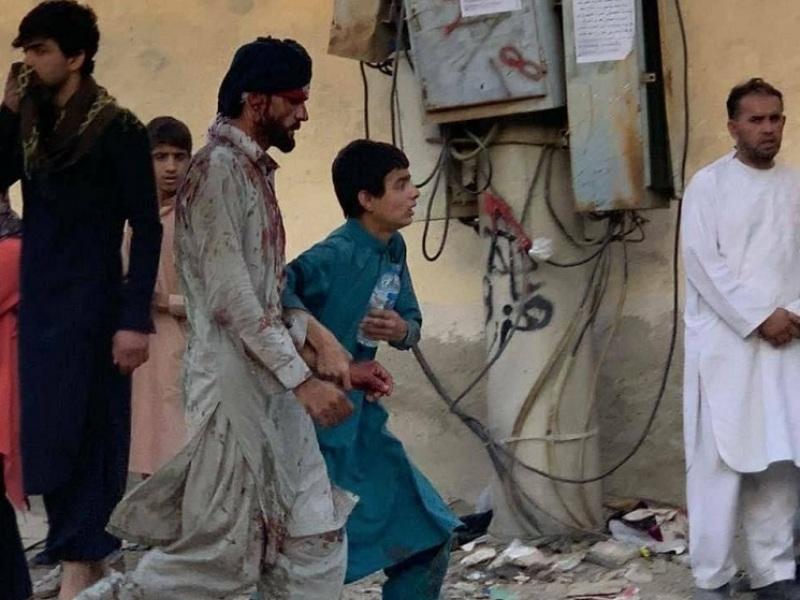 Καμπούλ: Λουτρό αίματος από τον ISIS με πάνω από 100 νεκρούς (βίντεο)