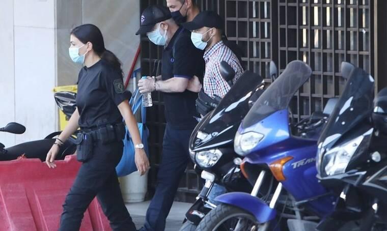Σοκάρει η εξομολόγηση της γυναίκας που κατήγγειλε τον Φιλιππίδη: «Τον φοβάμαι ακόμα και τώρα»