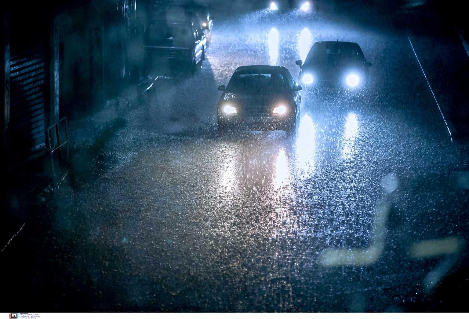 Καιρός: Σφοδρές καταιγίδες σε Θεσσαλονίκη και Χαλκιδική μετά τον καύσωνα – Απίστευτες εικόνες