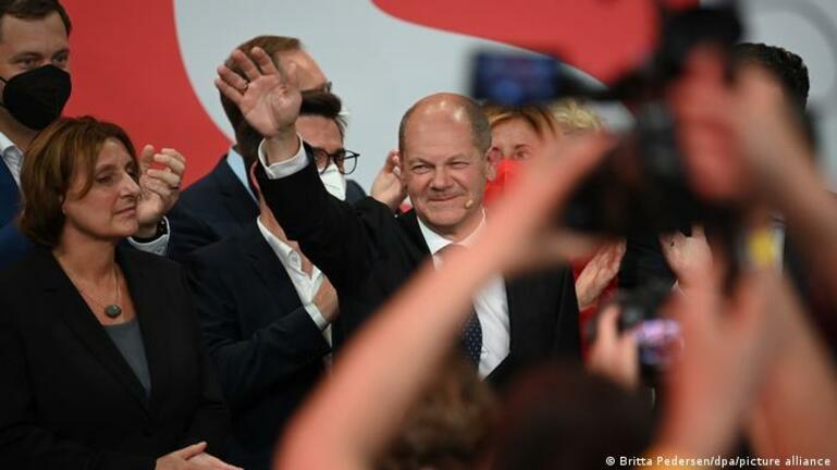 Εκλογές στη Γερμανία: Oι Σοσιαλδημοκράτες επικρατούν με το 25,7% των ψήφων