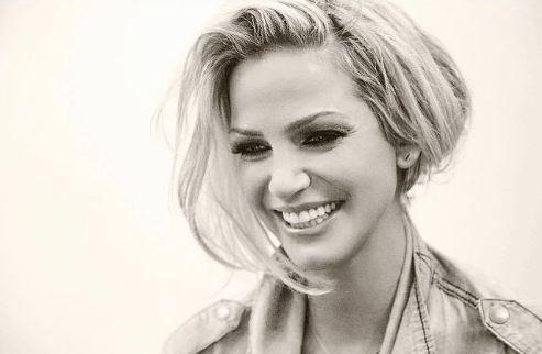 Πέθανε σε ηλικία 39 ετών γνωστή ηθοποιός και τραγουδίστρια