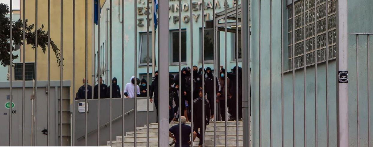 ΟΛΜΕ: Αποτροπιαστικά τα γεγονότα στο ΕΠΑΛ Σταυρούπολης