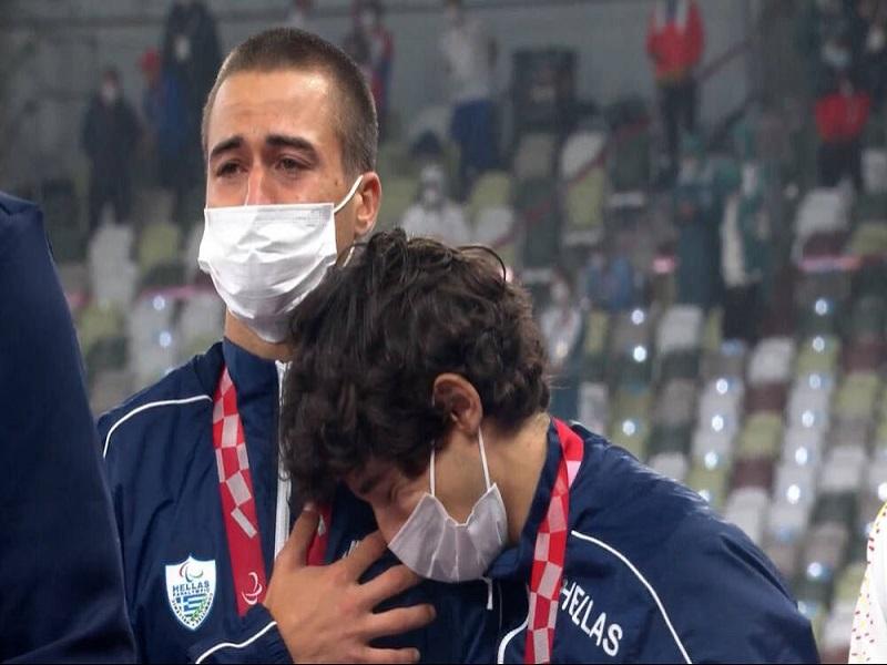 «Ανατριχίλα» στους Παραολυμπιακούς Αγώνες – Χρυσό μετάλλιο και κλάματα από τον Γκαβέλα!