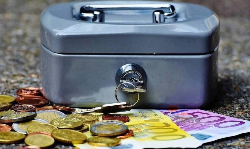 Συντάξεις Οκτωβρίου 2021: Πότε πληρώνονται – Οι επικρατέστερες ημερομηνίες για όλα τα Ταμεία