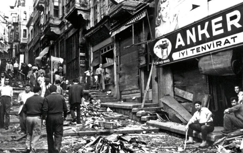 Destroying a minority: Turkey's September 6-7, 1955 pogrom against the Greeks of Istanbul