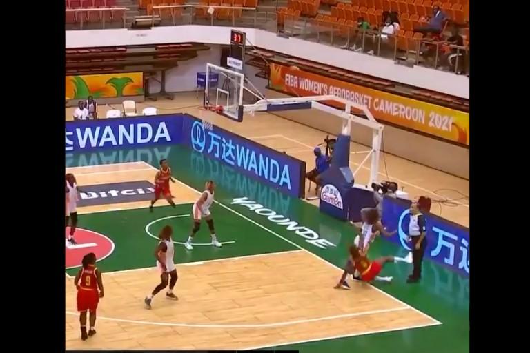 Αδιανόητο νικητήριο καλάθι σε αγώνα AfroBasket Women