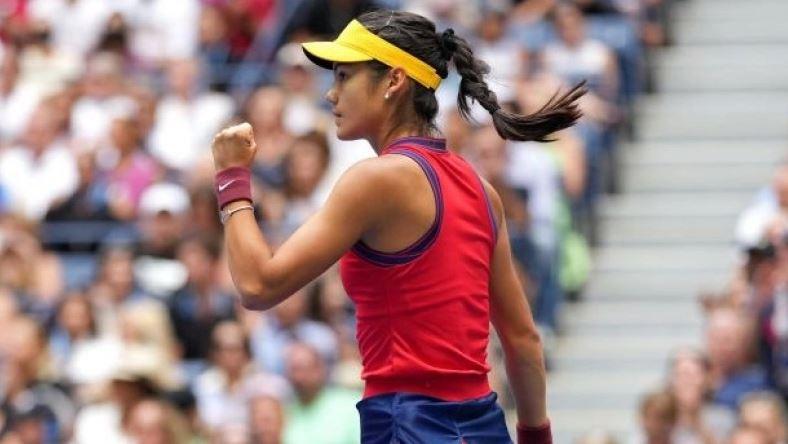 Ραντουκάνου - Φερνάντεζ 2-0: Στο θρόνο του US Open η 18χρονη Έμα (vids)