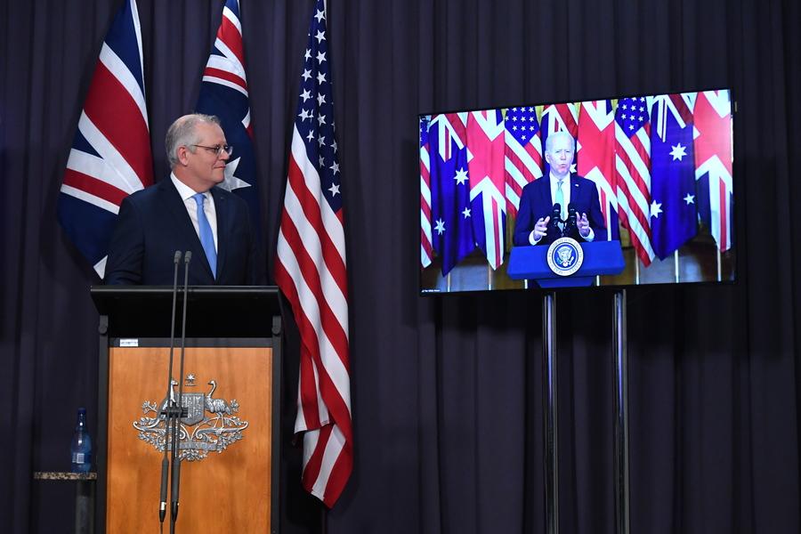 AUKUS – Γαλλία: Οι πρώτες αντιδράσεις από ΗΠΑ και Αυστραλία στα αντίποινα από το Παρίσι