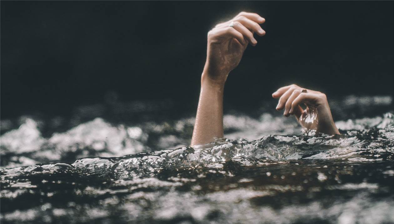 Το μπάνιο κατέληξε σε… τραγωδία – Νεκροί δύο τουρίστες στο Ρέθυμνο