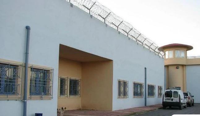 Βγήκαν μαχαίρια στις φυλακές Δομοκού – Άγρια συμπλοκή με τουλάχιστον 5 τραυματίες