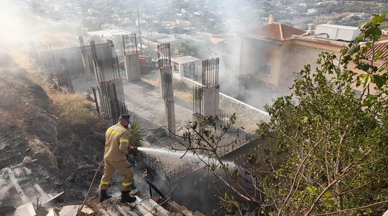 Καλύβια – Επτά οι τραυματίες από την έκρηξη σε σπίτι – Ανάμεσά τους και παιδιά
